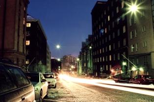 Viides linja by night